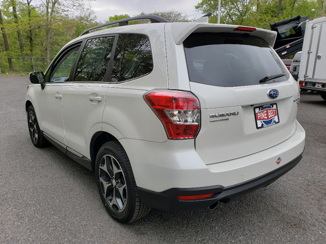 Pre-Owned 2016 Subaru Forester 2.0XT Touring